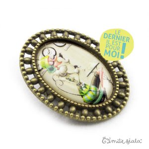 Broche Tea Time bronze antique profil Emilie Fiala-Dernier