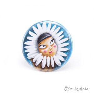 Petit badge L'Esquimau face Emilie Fiala
