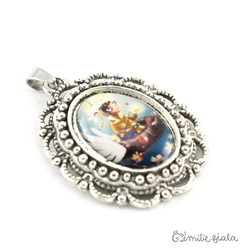 Petit pendentif fantaisie Le Pêcheur d'Étoiles argenté profil Emilie Fiala