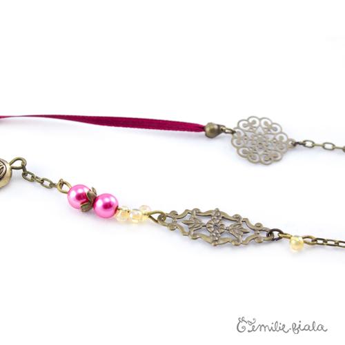 Collier créatif Howdah perles Emilie Fiala
