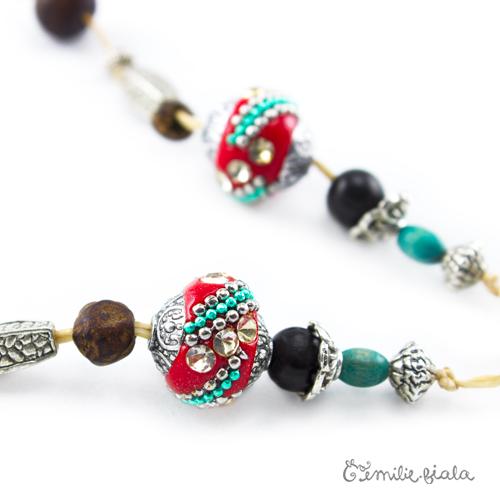 Collier créatif Sur la Route des Indes perles Emilie Fiala