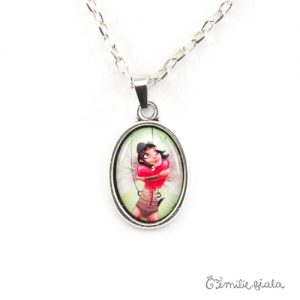 Petit collier simple La Gardienne du Coeur argenté zoom Emilie Fiala