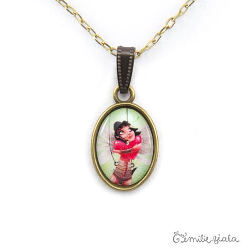 Petit pendentif simple La Gardienne du Coeur Rouge bronze antique zoom Emilie Fiala