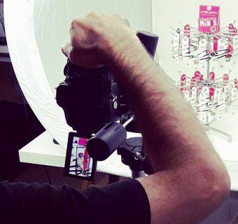Rentree shooting photos creation photographe barrettes presentoir creations illustrées Emilie Fiala