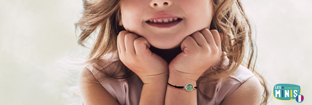Groupe-Bijoux-Bracelets-enfants-Les-Minis_Emilie-FIALA-OK